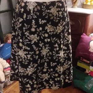 Old Navy Skirts - Old Navy floral skirt